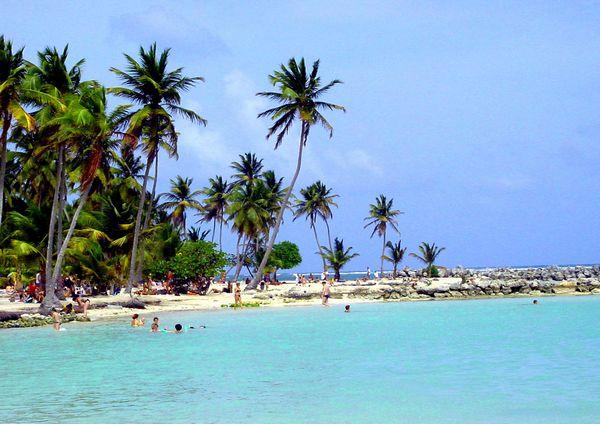 Plages guadeloupe guyane martinique r union tahiti - Restaurant la grande plage port louis ...
